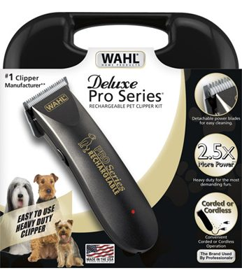 Holiday Gift Idea: Wahl Deluxe Pro Series Pet Grooming Combo