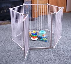 Regalo 4-in-1 Extra Large Metal Playard
