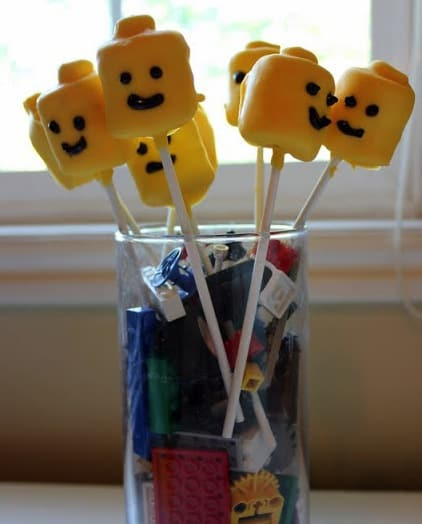 LEGO Cupcakes and Cake Pops