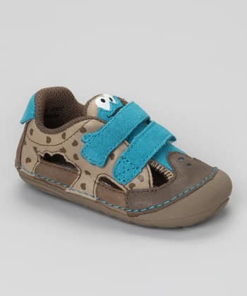 Reticulated Writer: Wordless Wednesday: Cookie Monster Shoes