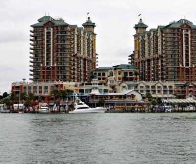 Top Things to Do and the Best Condo Rentals in Destin, Florida! #Brandcation