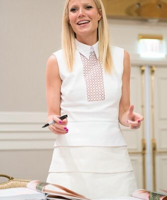 An Interview with Gwyneth Paltrow: Everything My Grandma {And Everyone Else} Wants to Know! #IronMan3Event