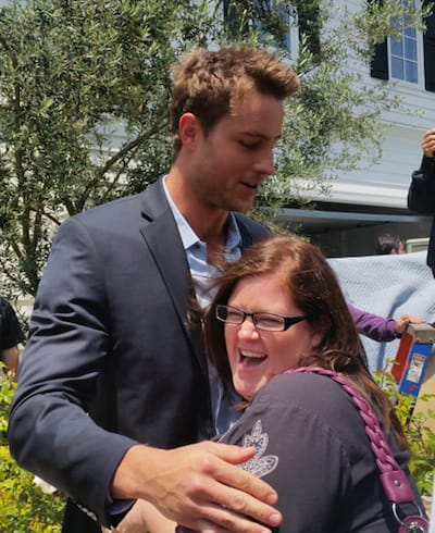 justin hartley hugging Dusty Bastian