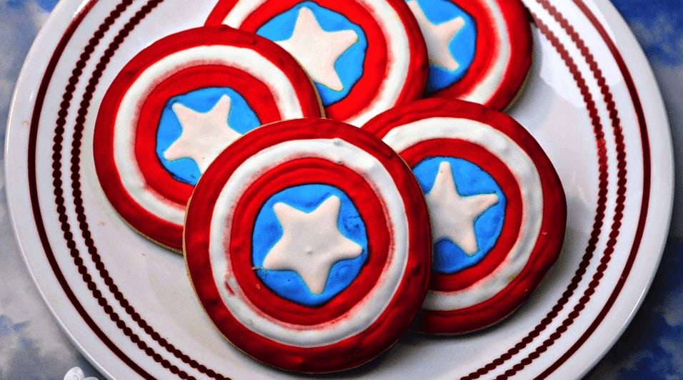 Red White and Blue 4th of July cookies