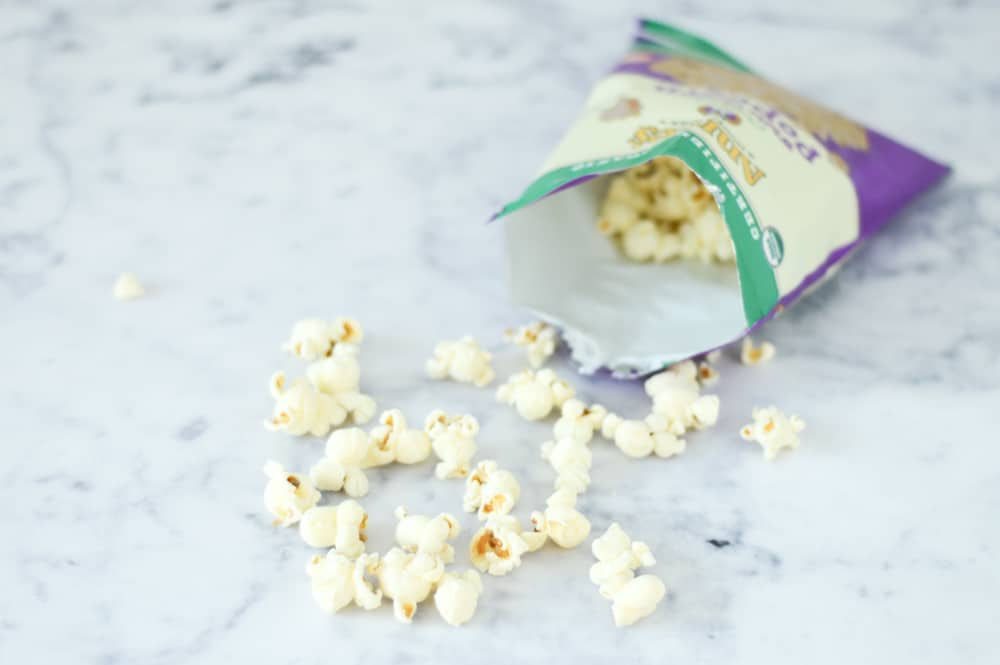 annies white cheddar popcorn review