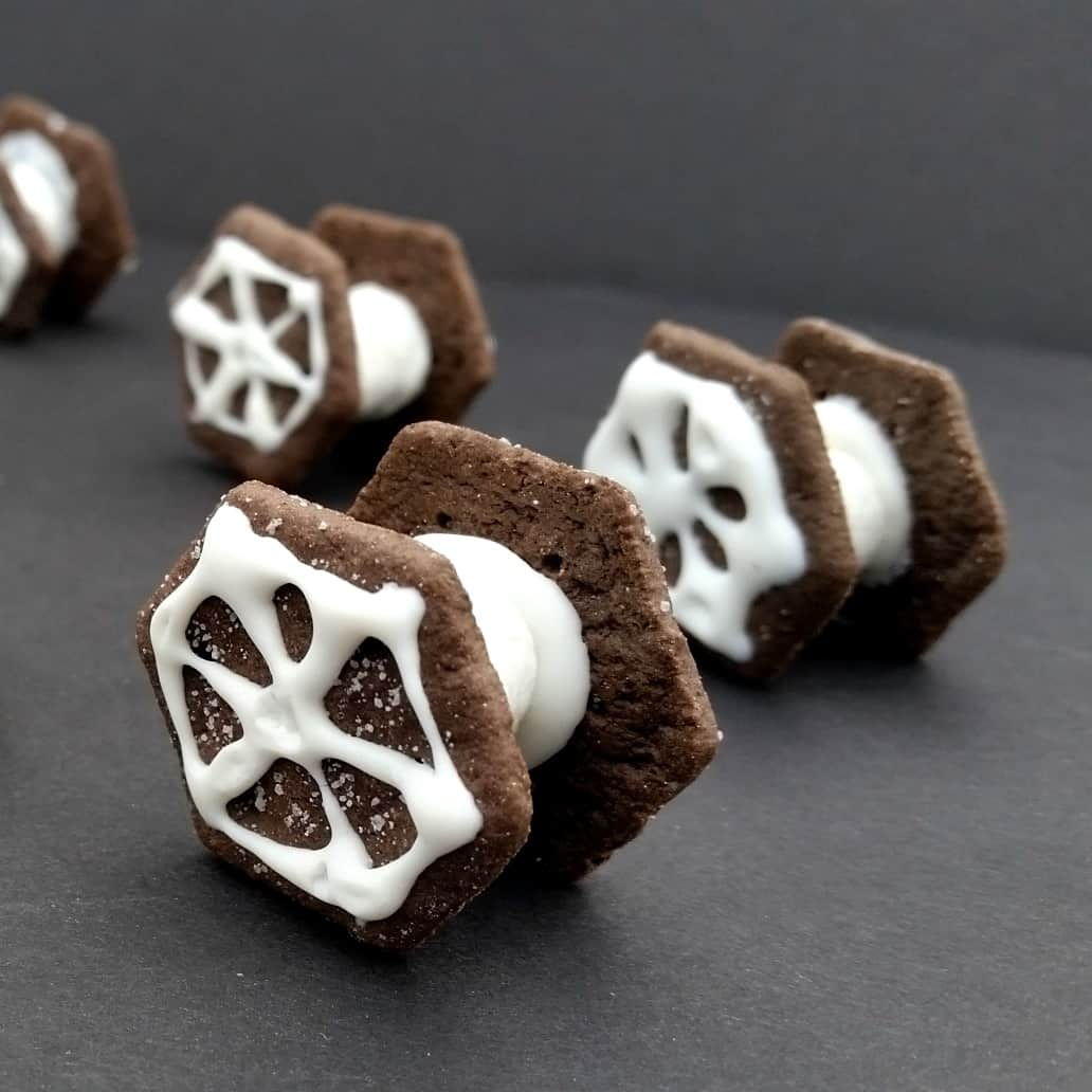 Star Wars party ideas tie fighter cookies