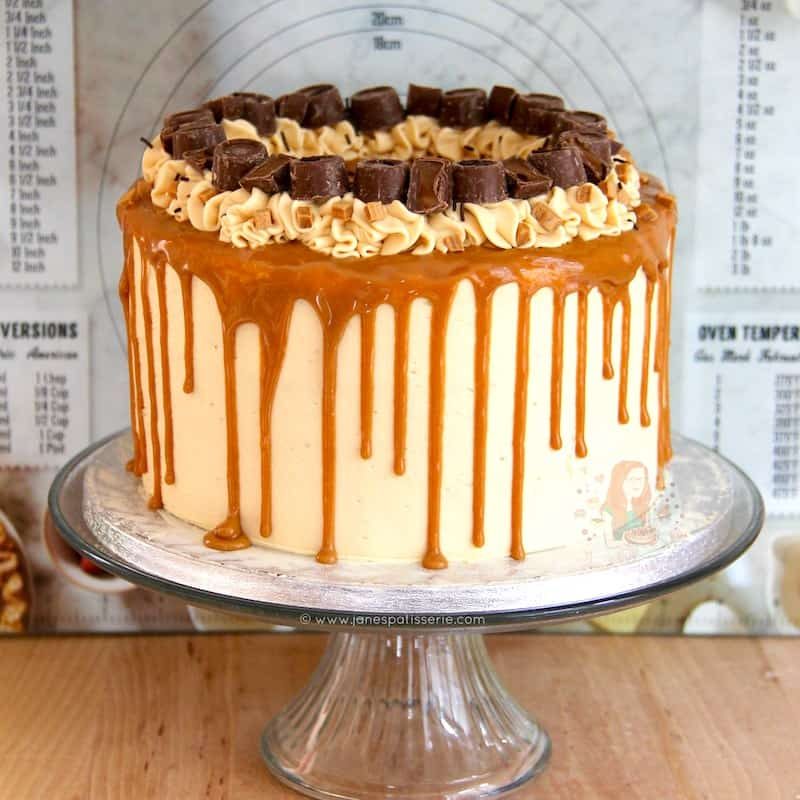 how to make a drip cake with salted caramel