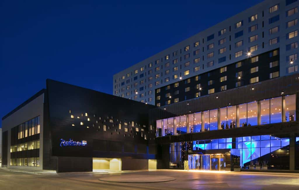 radisson blu mall of america review