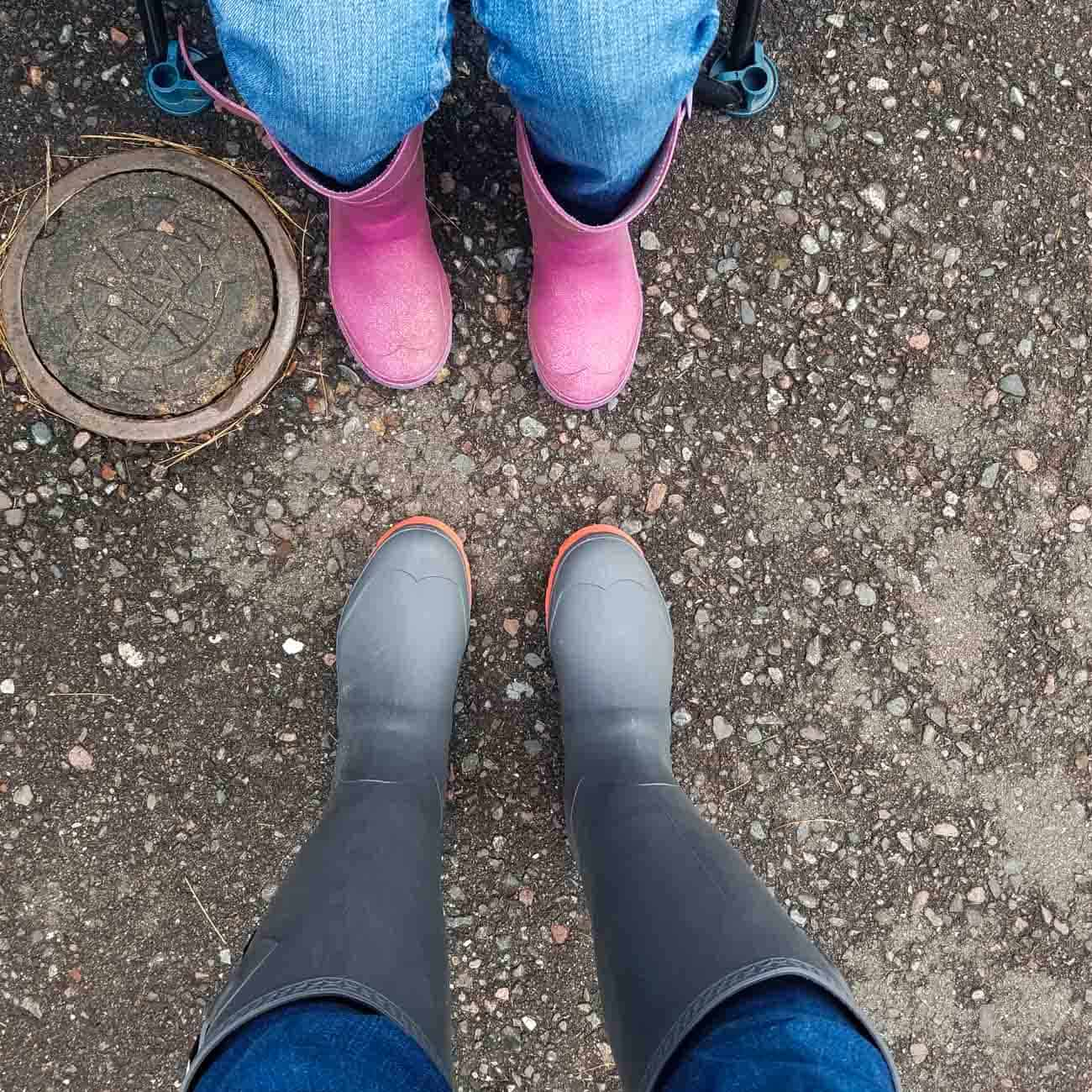 best rain boots for family mother daughter