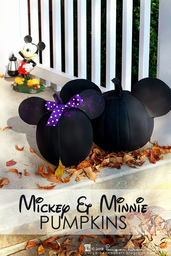 Disney painted pumpkins Mickey and Minnie Mouse