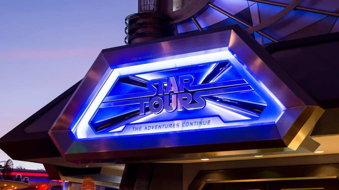 Star Tours Star Wars the last Jedi