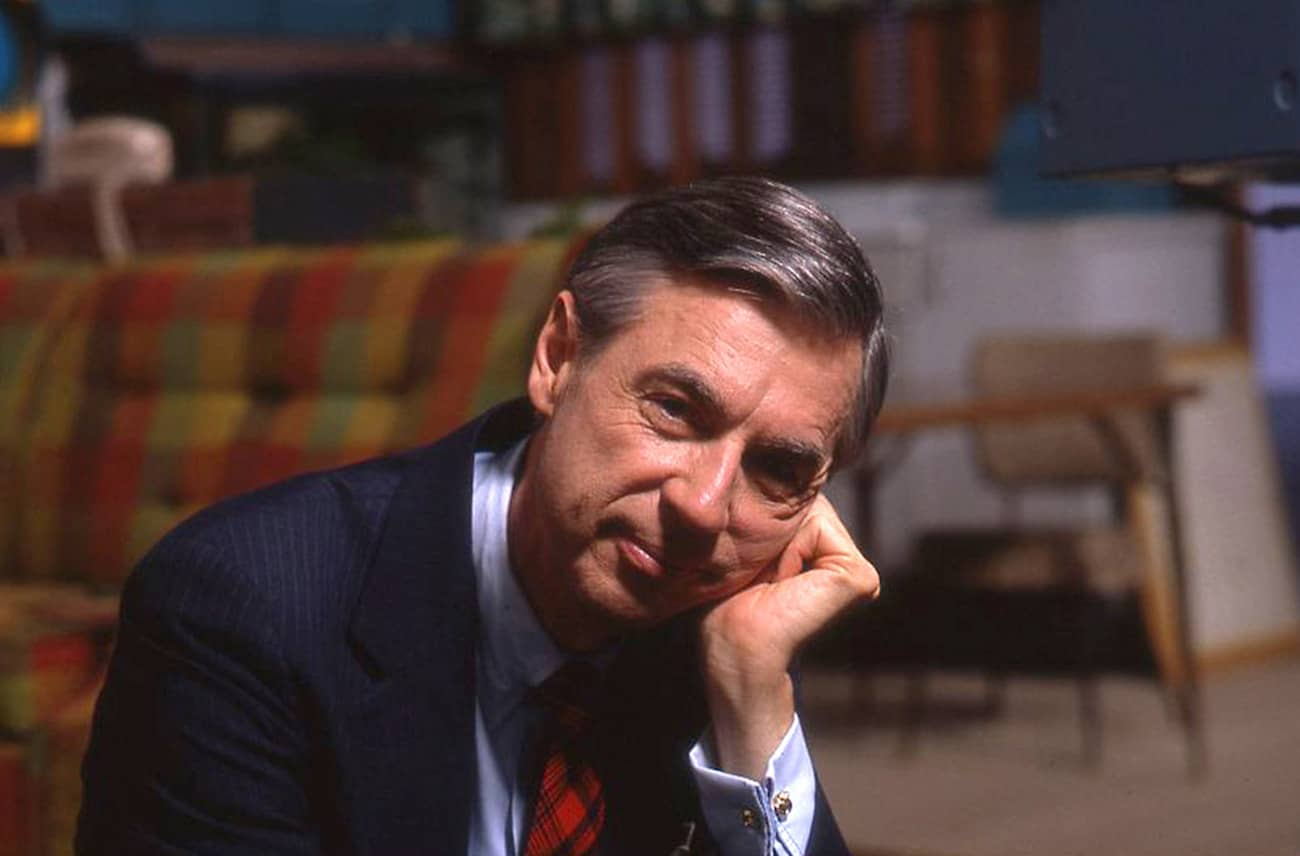 Won't you be my neighbor trailer with fred rogers