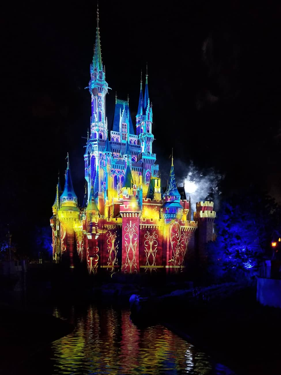 how to take better pictures at Disney World at night