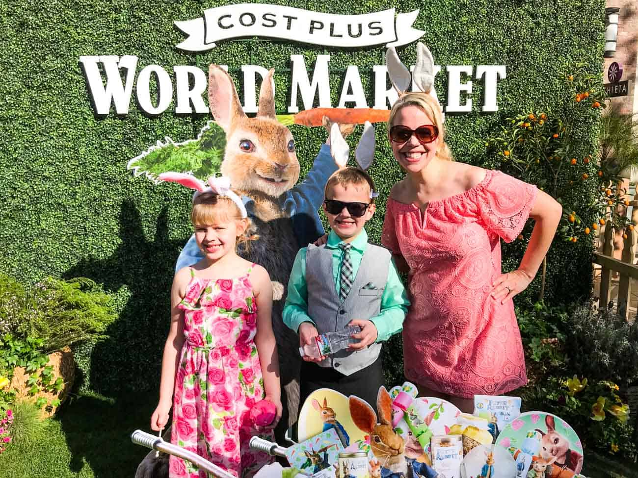 family at peter rabbit movie premiere