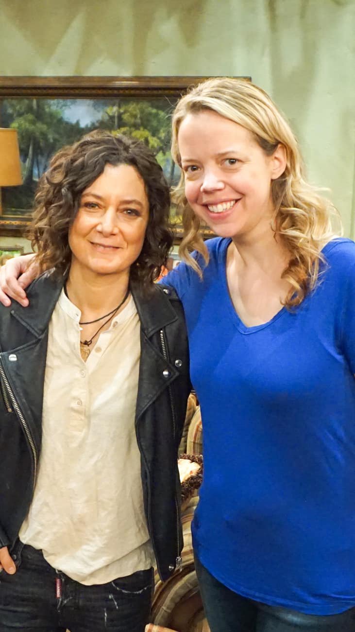 Roseanne 2018 set with Sara Gilbert Marybeth Hamilton