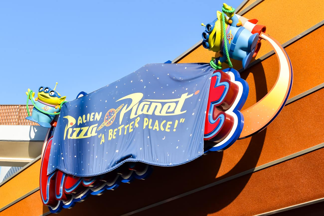 pixarfest Alien Pizza Planet