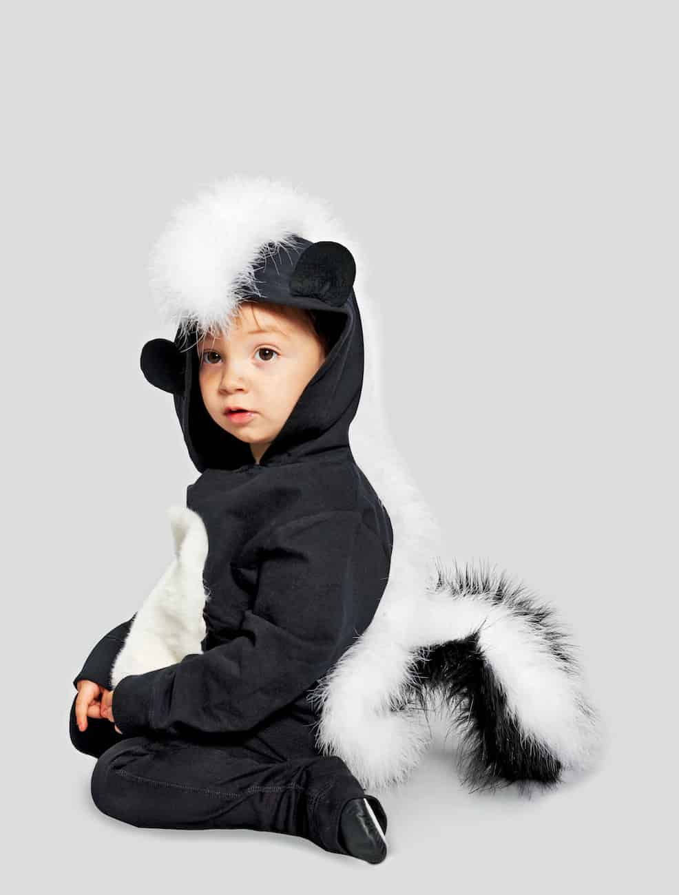 DIY Baby halloween costume skunk