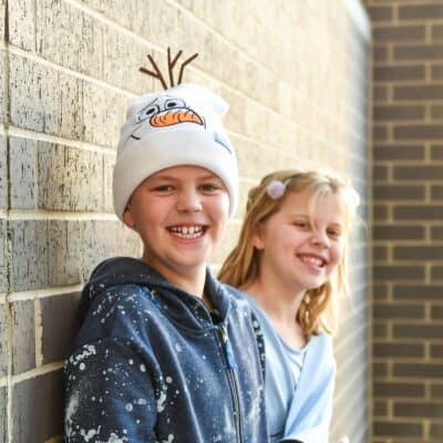 boy in olaf hat girl in elsa hat for frozen 2