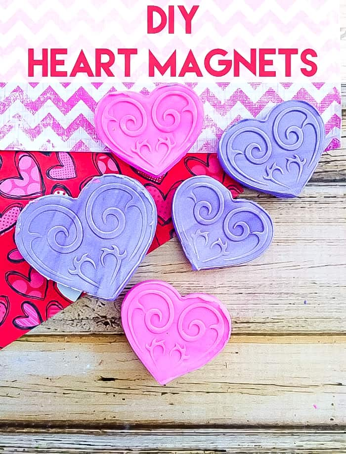 heart shaped magnets in pink and purple