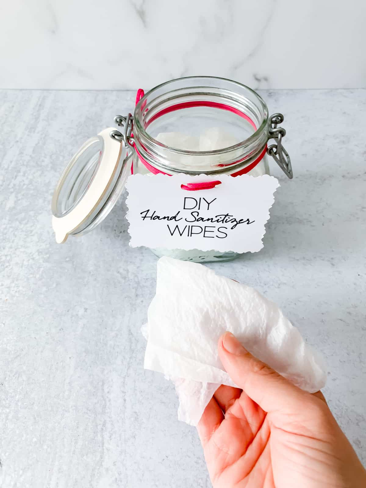 diy hand sanitizer wipes in jar