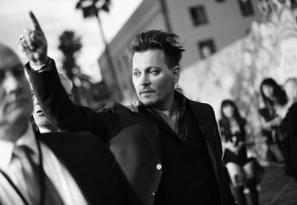 #ThroughTheLookingGlassEvent johnny depp premiere